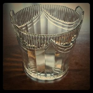 Crystal champagne on ice center piece vase